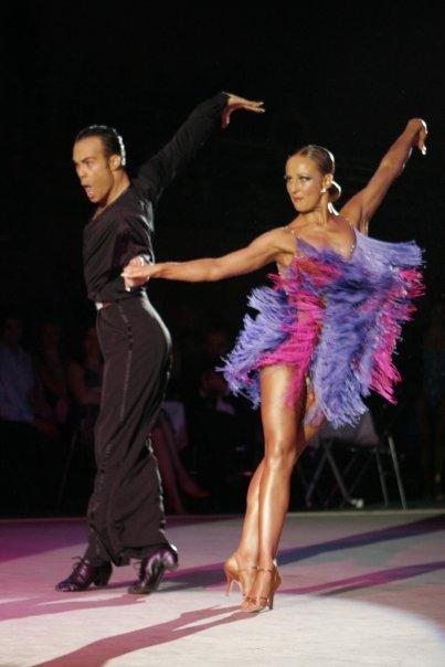 6540 237800355354 218660910354 7988035 2610622 n - La danse sportive : comment redevenir une princesse