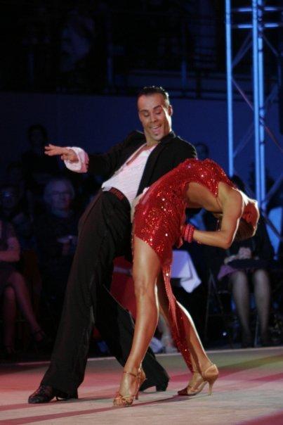 6540 237800575354 218660910354 7988068 180108 n - La danse sportive : comment redevenir une princesse